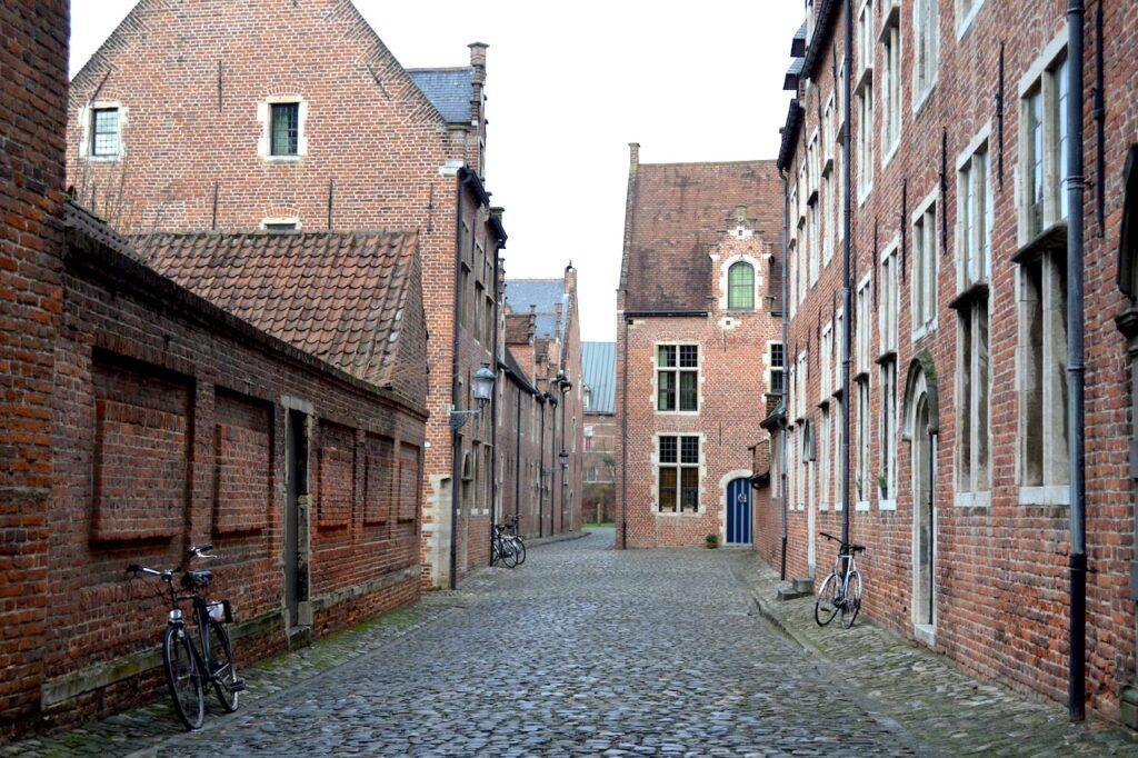 Een wandeling door het Groot Begijnhof in Leuven