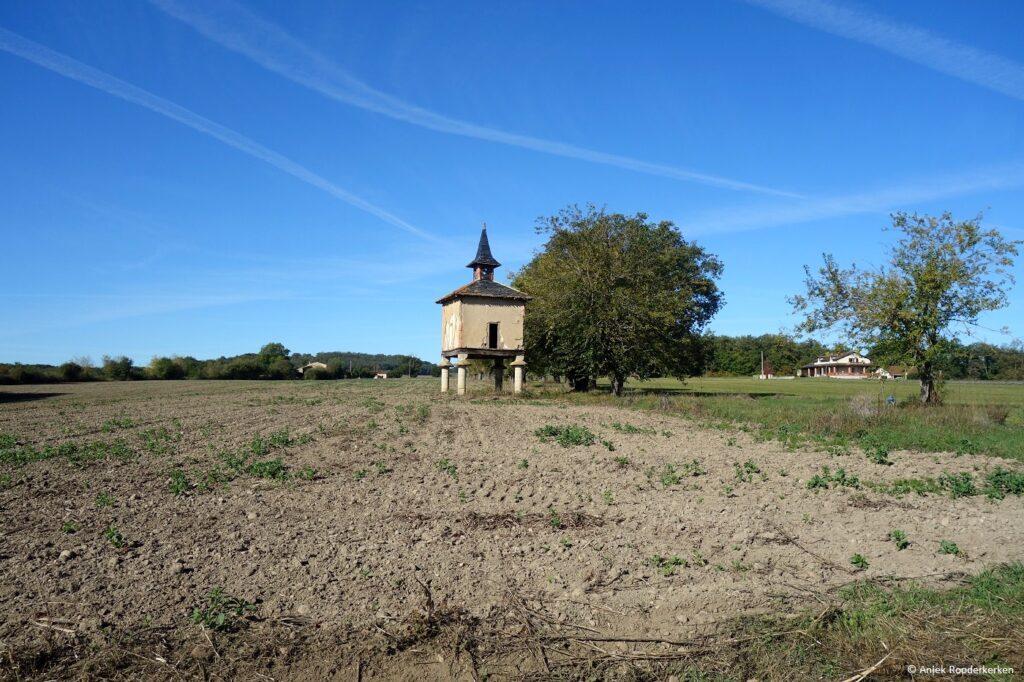 Duiventil bij Château des Plantes in de Tarn