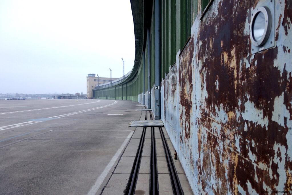 Tempelhof, een verlaten vliegveld in Berlijn