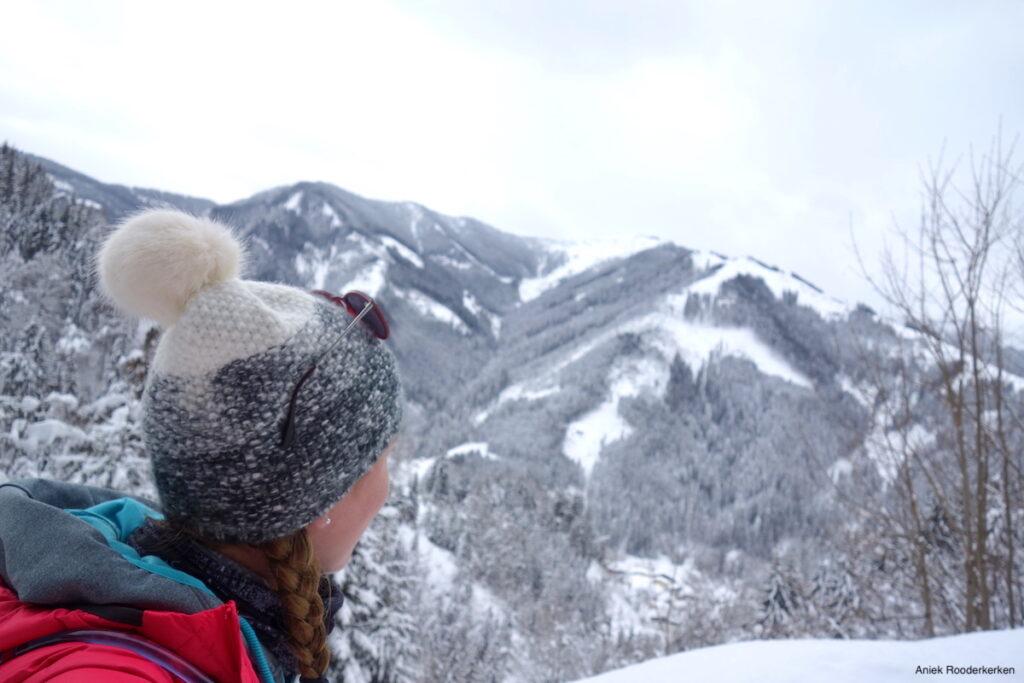Winters hiken van Sportchalet Viehofen naar de Hecherhütte