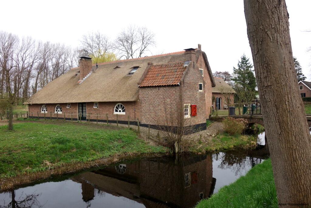 Boerderij bij Lopik, in de buurt van Utrecht