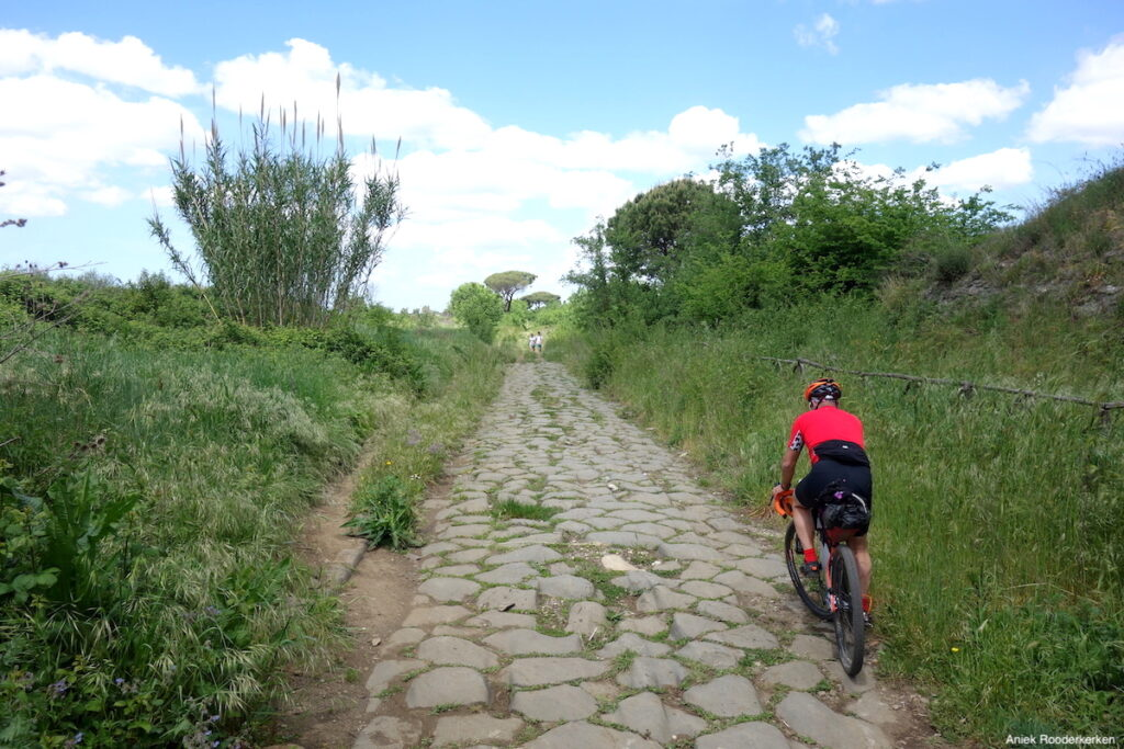 Fietsen over de Via Appia