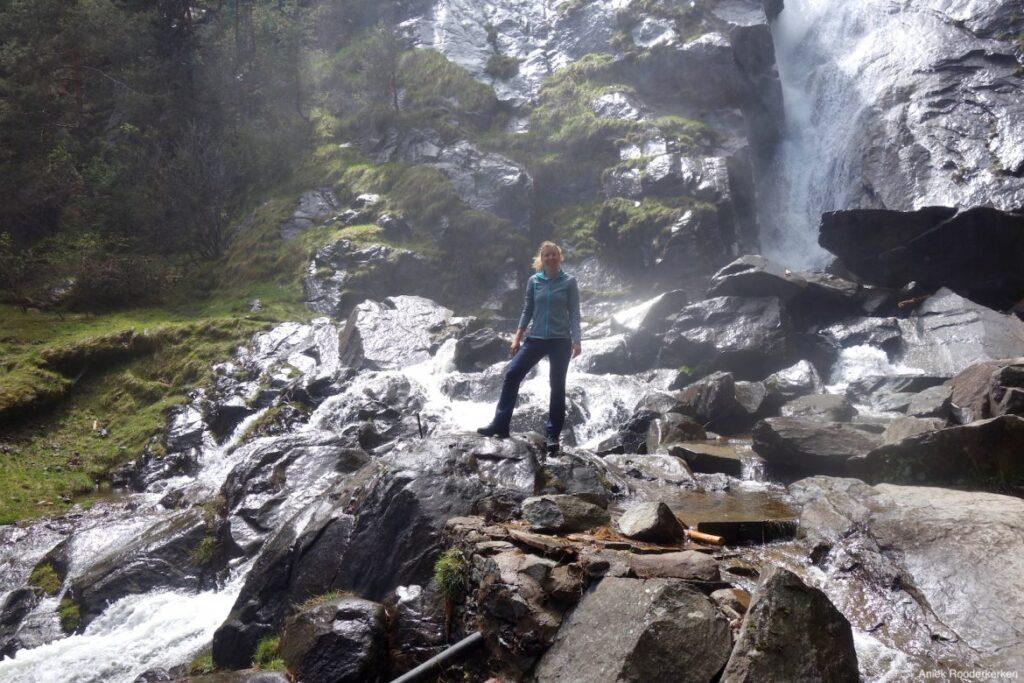Hiken naar de watervallen van Barbiano en Tre Chiese