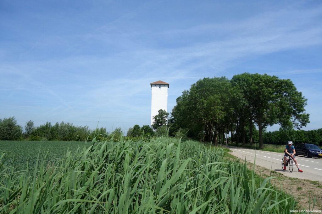 De Watertoren van Werkhoven tijdens de Tour de Kromme Rijn
