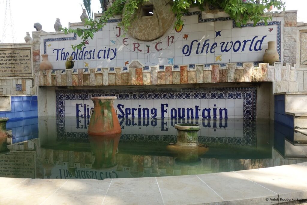 Elisha Spring Fountain in Jericho, Jericho: de oudste stad ter wereld