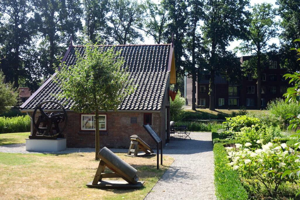 Tuinen van het Leerlooierij Museum Ravenstein