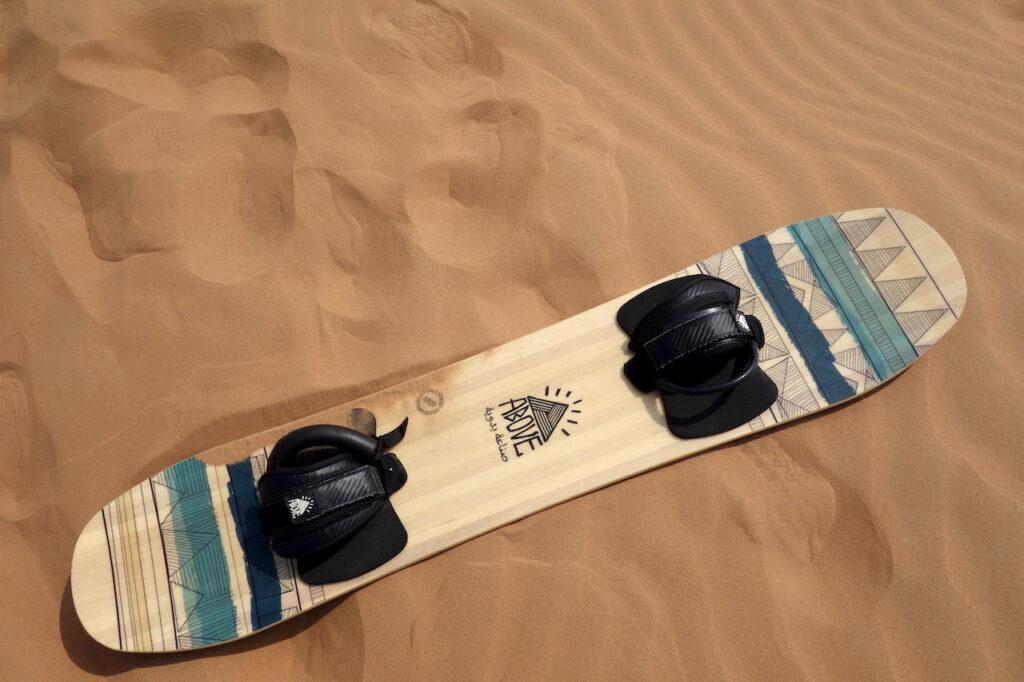 Sandboarden in Dubai