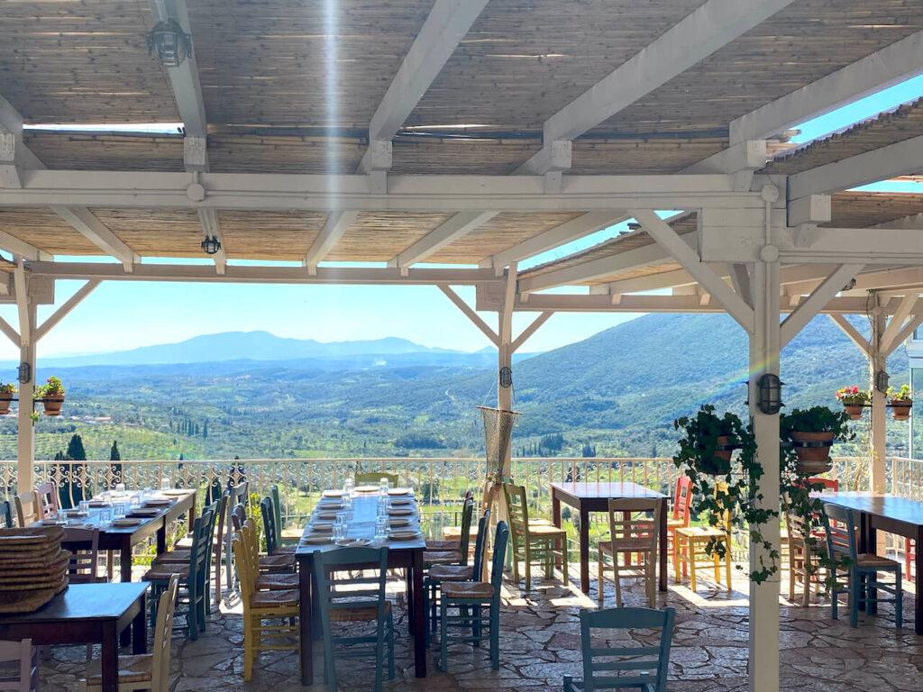 Lunch in de heuvels boven Kalamáta, Griekenland