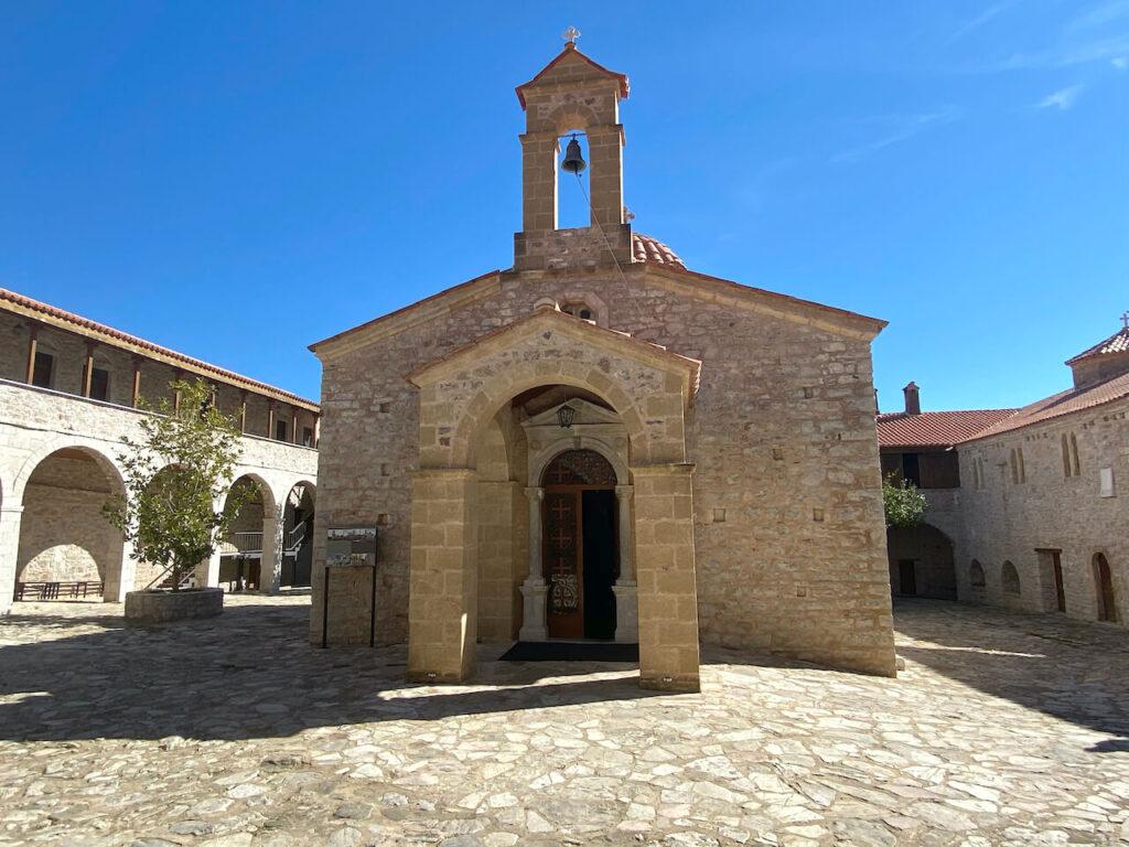 orthodoxe klooster Voulcano op berg Eva in Kalamata Griekenland