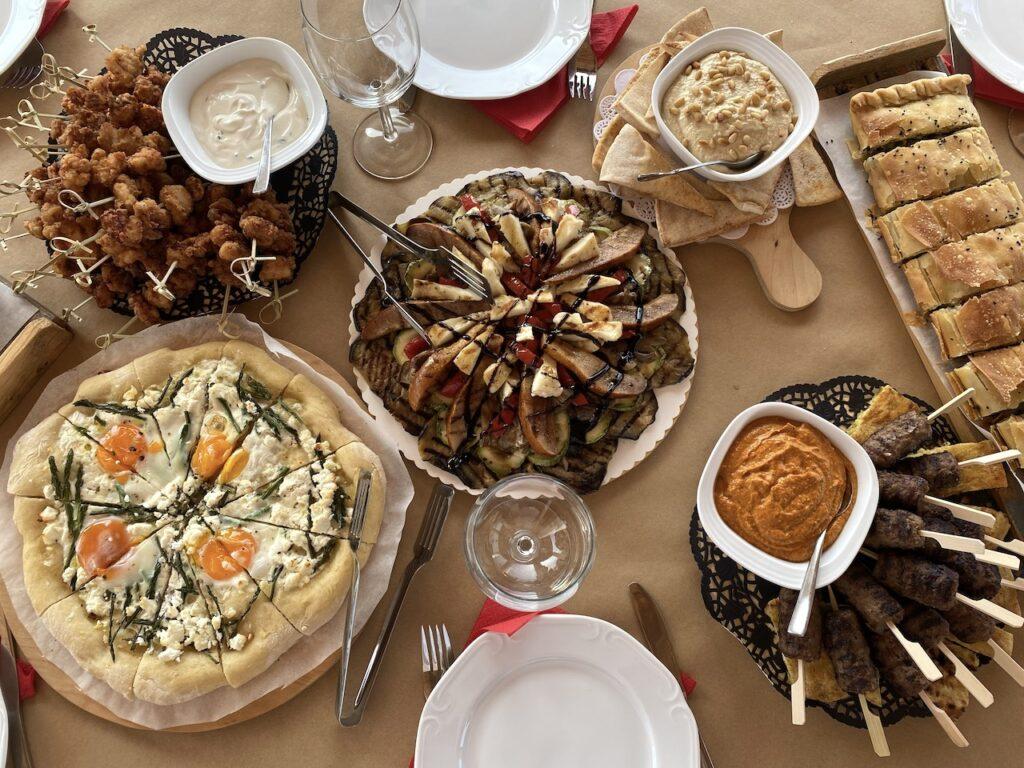 Lunch bij de Ekklisia Profitis Ilias aan de Golf van Messinië