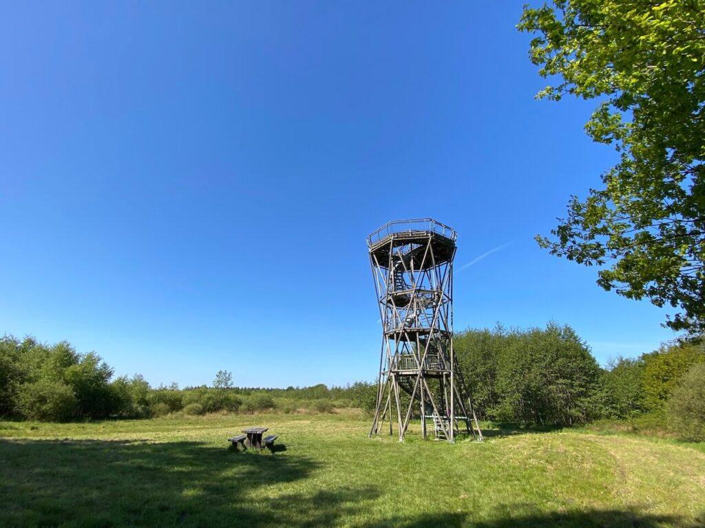 Uitzichttoren bij de Radiosterrenwacht Westerbork