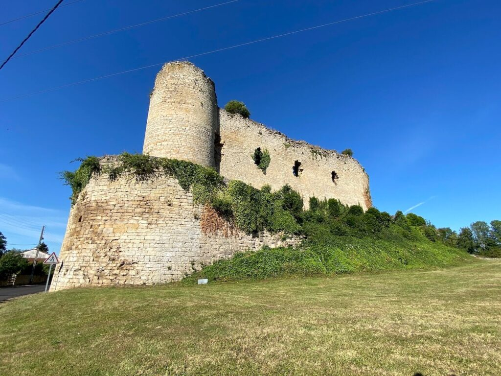 Chateau feodale in Louppy-sur-Loison