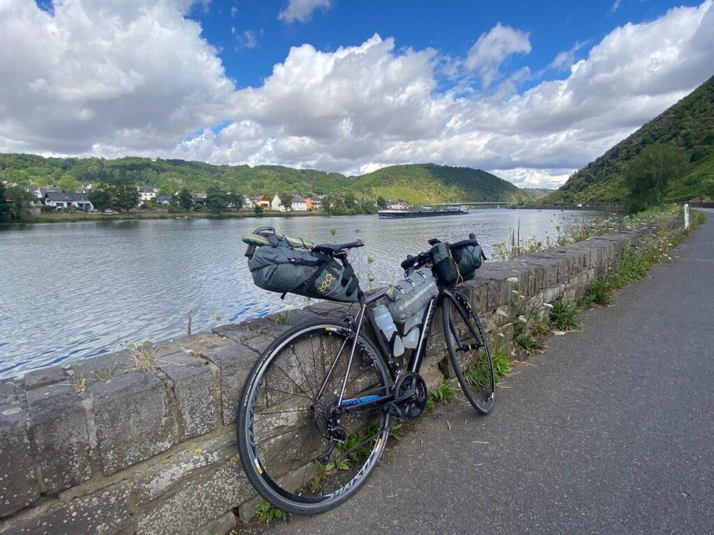 De Moezelfietsroute met de racefiets / bikepacking