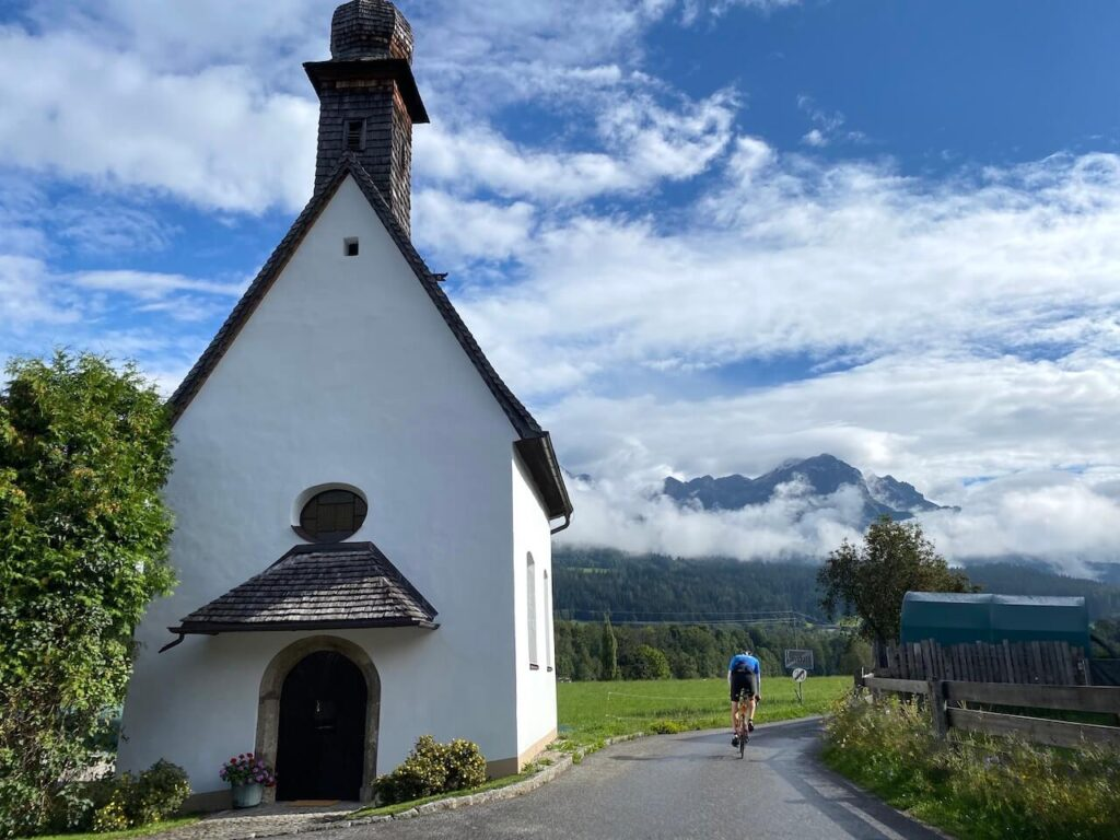 Kerkje in Almdorf
