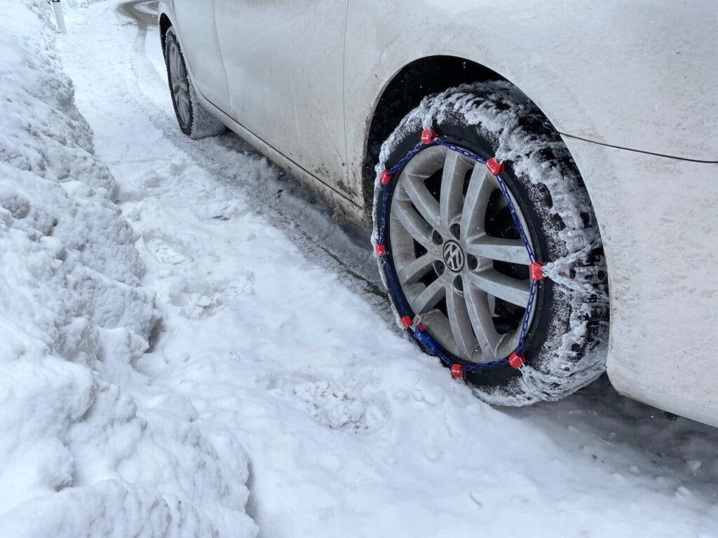 Vergeet de sneeuwkettingen niet!