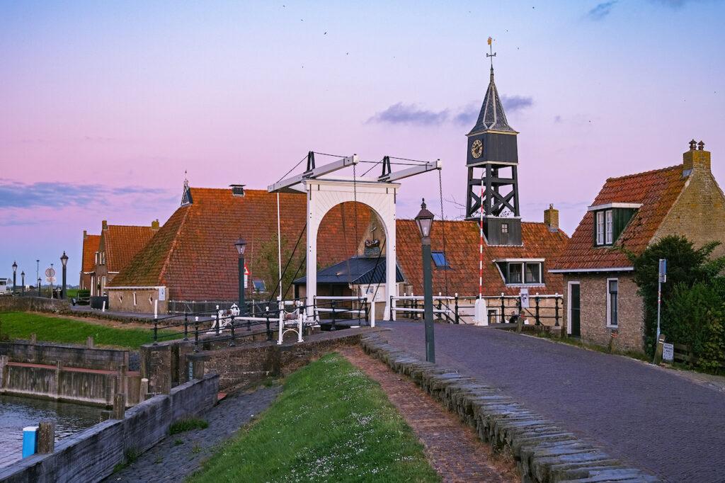 Hindeloopen is een van de kleinste steden in Friesland