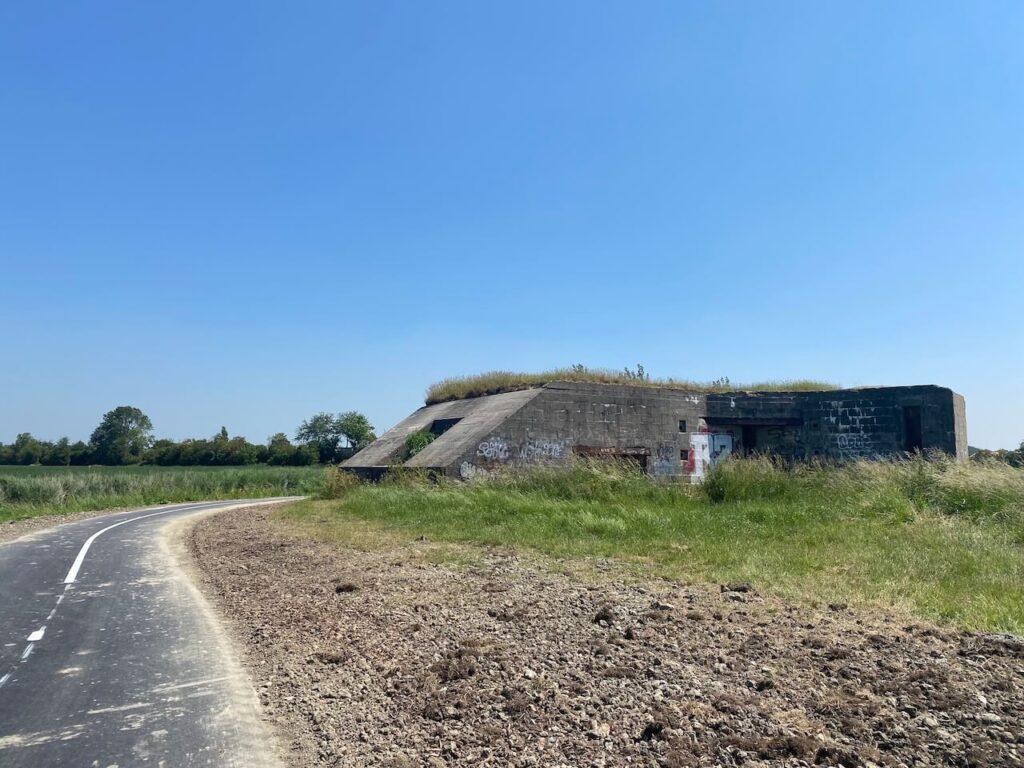 Bunkers tijdens de fietsroute op Walcheren