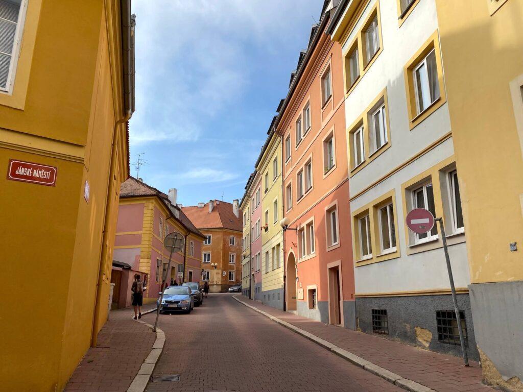 Kleurrijke huizen in Cheb, Tsjechië